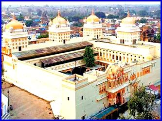 थी कसम राम की खाई, अब मंदिर बनने की बारी आई